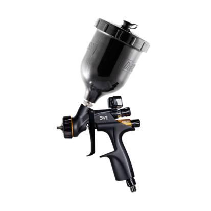 Ličarska pištola za nanos prozornega laka