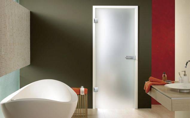 steklena vrata za kopalnico