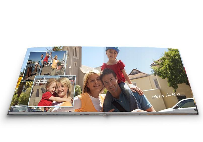 Knjiga fotografij za družino
