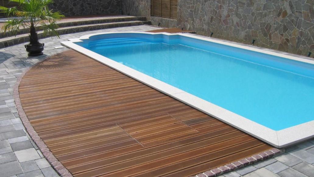 Čiščenje bazena