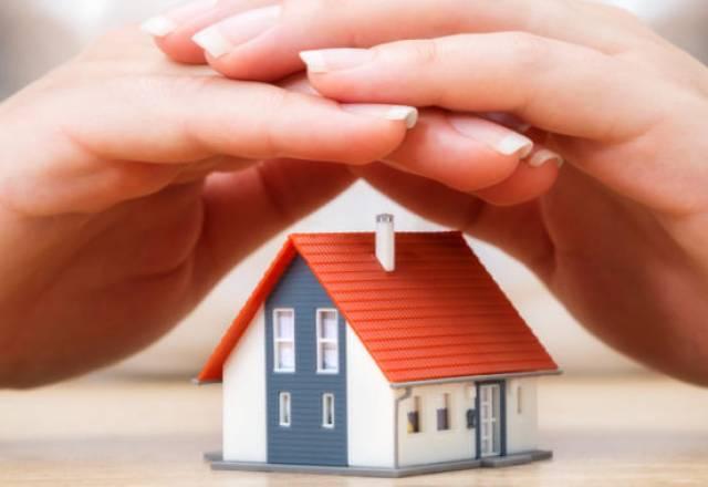 Sanacija strehe in zaščita pred točo