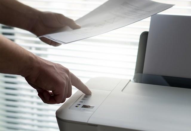 Visokozmogljivi tiskalnik